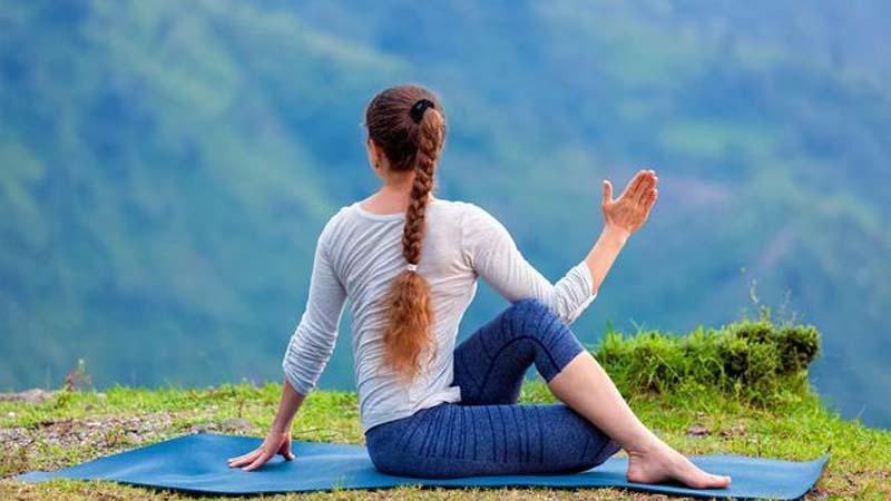 mountain yoga Pose 2